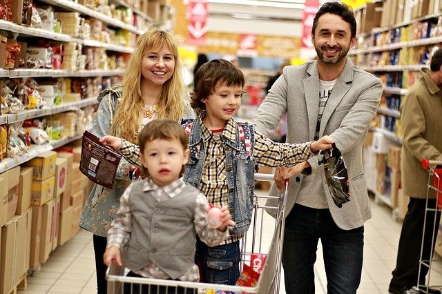 nákup rodiny.jpg