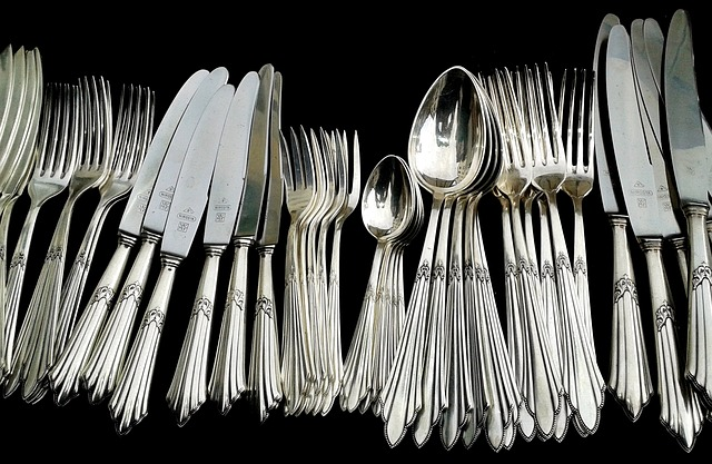 stříbrné příbory